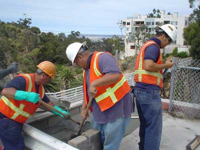 Workers/Quince St Bridge in background