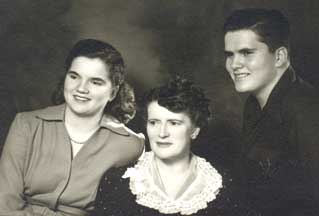 Joyce Beers with her mother and brother