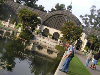 Botanical Garden Building
