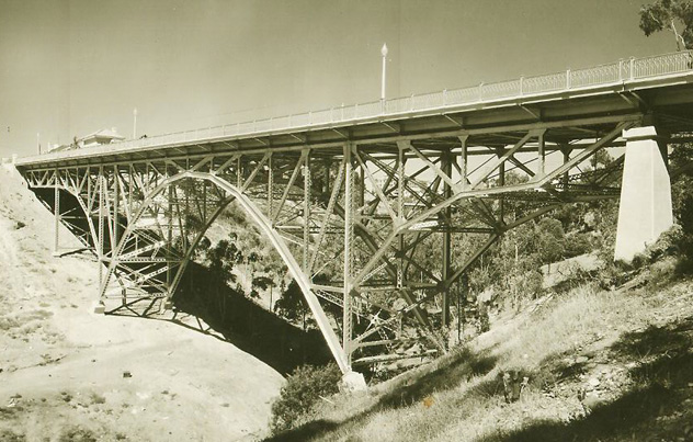 First Avenue Bridge Hillquest